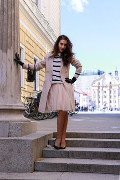Fashion blogger Veronika Lipar of Brunette From Wall Street sharing her spring romantic outfit