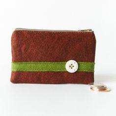 Craftjuice - Handmade felt coin purse.