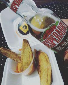 Encerrando os trabalhinhos por hj, curtindo um #buenavistasocialclub e degustando aquela cerva tequileira geladíssima #desperados e uma batatinha rústica com molho Atasty. Huuumm nada melhor...que a semana seja próspera. #seeyoulater  #gratidão #foodpost #foodoftheday  #foodporn #hamburgueriaartesanal #foodgourmet #burgergourmet #Aburgervalqueire  #Aburger #❤🍔🍟  Delivery: (21) 3556-6285   Peça tbm pelo @ifoodbrasil
