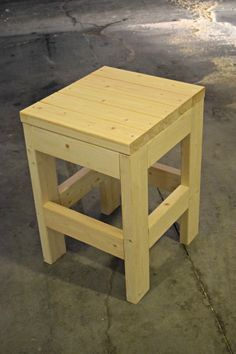 Make this easy DIY Shop Stool using only 3 - boards. It would also make a great side table or plant stand. Woodworking Projects Diy, Woodworking Bench, Diy Wood Projects, Furniture Projects, Woodworking Shop, Wood Crafts, Diy Furniture, Intarsia Woodworking, Garden Furniture