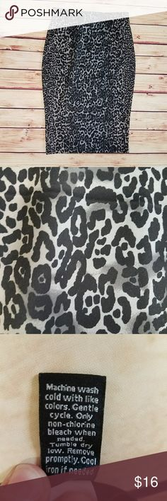 """Apt 9 Cheetah Print Pencil Skirt Apt 9 Cheetah Print Pencil Skirt in great condition. There is slight piling throughout. Size medium. 94% Polyester, 6% Spandex. Machine wash cold. Approximate measurements are: 14.5"""" Waist, 26.5"""" Long  0058 Apt. 9 Skirts Pencil"""