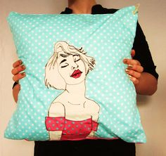 Cushion Dots by Sarah Walton, via Flickr