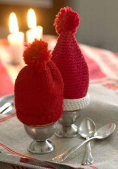 Til julemorgenægget De er da bare for sjove. Knit Crochet, Crochet Hats, Christmas Time, Christmas Ornaments, Christmas Ideas, Christmas Preparation, Pinterest Crafts, Christmas Knitting, Happy Holidays
