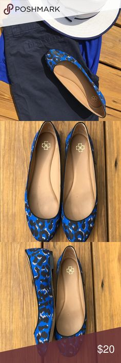 ANN TAYLOR Blue Animal Print Flats  Size:8.5  Spice up your office look or casual outfit with these gorgeous Ann Taylor Lieah Oxford Blue Animal Print Ballet Flats  Size:8.5 True to size  Great condition-you can see the signs of wear on the bottoms, but the outside looks great and the heel is in great condition  Ann Taylor Shoes Flats & Loafers