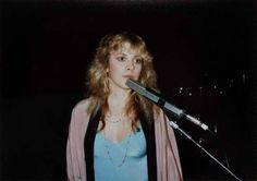 Stevie ~ ☆♥❤♥☆ ~     photographed in gorgeous casual clothes during a 1981 'Bella Donna' tour rehearsal