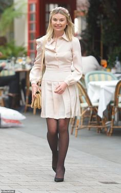 Chic: Georgia Toffolo put on a chic style display as she enjoyed a boozy lunch meeting with pals in London on Tuesday Celebrities In Stockings, Beautiful Legs, Beautiful Women, Pantyhose Outfits, Smart Outfit, Fashion Capsule, Fashion Tights, Looks Chic, Celebrity Outfits