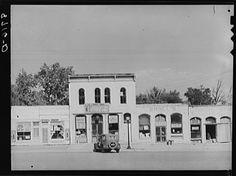 Main street. Oskaloosa, Kansas 1938