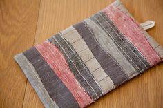 Scrap Linen Potholders - tutorial