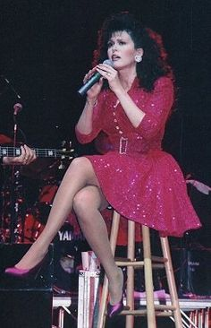 Marie Osmond - by C. Marie Osmond Hot, Donny Osmond, Cute Dress Outfits, Cute Dresses, In Pantyhose, Nylons, Morgan Mcmichaels, Dolly Parton Pictures, Sara Gilbert