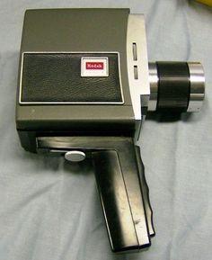 super 8 film camera.. i want this!