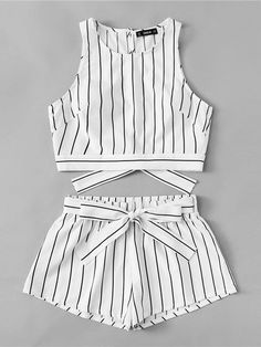 Vertical Striped Crop Top And Self Belt Shorts Set Shorts E Blusas, Casual Outfits, Cute Outfits, Belted Shorts, Summer Suits, Girl Fashion, Womens Fashion, Striped Crop Top, Vertical Stripes