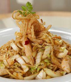 Nudle Bami Goreng - Recepty na Restaurant-Guide. Restaurant Guide, Chicken, Ethnic Recipes, Food, Diet, Asia, Essen, Yemek, Buffalo Chicken