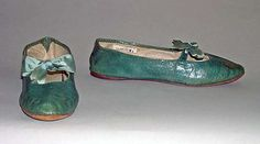 """Slippers, 1810s, American. (Probably leather.) In The Metropolitan Museum of Art collection. Label inside reads, """"Shoes, made and sold by David Pratt, Reading (near Boston, Mass.)"""""""