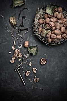 Pratos e Travessas: Bolachas de açafrão das Índias e nozes # Turmeric and walnuts cookies | Food, photography and stories