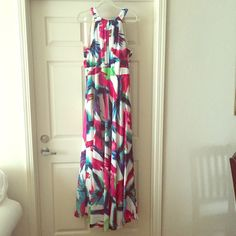 Eliza J Printed Maxi Only worn once, beautiful bright colors! Ties around the neck and in the back with accent at your waist. Perfect for so many occasions!! Eliza J Dresses Maxi