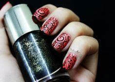 Stunning new year 2014 nail art designs