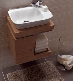 small sink bathroom cabinet tiny house Vello Handrinse Basin with Light Oak Vanity Unit Small Bathroom Sinks, Bathroom Vanity Units, Tiny Bathrooms, Tiny House Bathroom, Bathroom Toilets, Bathroom Design Small, Bathroom Furniture, Bathroom Interior, Bathroom Remodeling