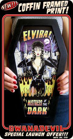Tirage d'art en forme de cercueil Elvira.  par bwanadevilart, €31.60