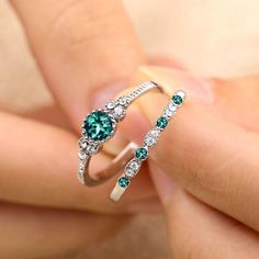 2018 Luxury Green Blue Stone Crystal Rings For Women Sliver Color Zirconia Wedding Engagement Ring Jewelry Size 6 7 8 9 Blue Wedding Rings, Wedding Rings For Women, Diamond Wedding Bands, Wedding Jewelry, Engagement Ring Settings, Engagement Rings, Wedding Engagement, Fashion Rings, Fashion Jewelry
