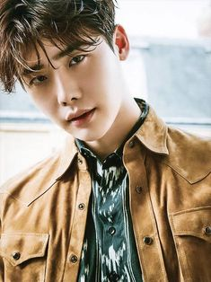 Photo )) Lee JongSuk For December Issue of ElleMen Hong Kong magazine Lee Joon, Lee Jong Suk Cute, Lee Jung Suk, Lee Jong Suk Kim Woo Bin, Lee Jong Hyun, Asian Actors, Korean Actors, Korean Guys, Lee Jong Suk Wallpaper
