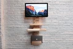 StandCrafted – Wall-mounted Standing Desk
