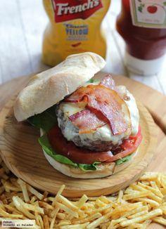Todas las claves para hacer buenas hamburguesas, de carne, de pescado, de pollo. Trucos para cocinar una hamburguesa. Ideas para variar tus...