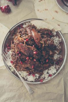 Iranian fesenjoon - poultry stew with pomegranate paste and walnuts