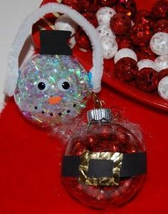 Christmas Ornament Crafts for Kids to Make & Give by Darla from The Preschool Toolbox at 60 Second Parent