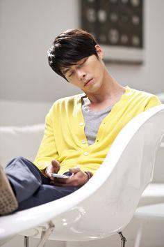 Hyun Bin as Kim Joo Won in Secret Garden. Korean Star, Korean Men, Asian Men, Korean Actors, Korean Dramas, Asian Boys, Song Hye Kyo, Hyun Bin, Playful Kiss