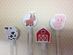 Barn on a Farm Party Bubble Favors - Set of 10 by PartyByDrake on Etsy https://www.etsy.com/listing/243683969/barn-on-a-farm-party-bubble-favors-set