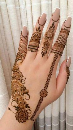 Henna Flower Designs, Modern Henna Designs, Finger Henna Designs, Henna Tattoo Designs Simple, Back Hand Mehndi Designs, Stylish Mehndi Designs, Latest Bridal Mehndi Designs, Full Hand Mehndi Designs, Mehndi Designs For Beginners
