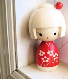 Kokeshi dolls imitating soap
