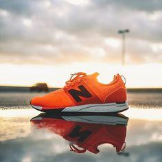 New Balance 247 Sport: Orange