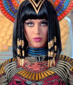 Katy Perry Dark Horse beauty look 2 Youve gotta see these amazing beauty looks from Katy Perrys latest video (plus, the exact products shes ...