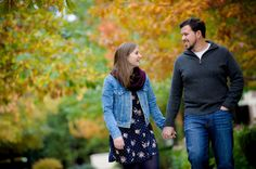 Chicago Wedding Photographer | J. Brown Photography.  Chicago engagement session with fall colors at Lakeshore East Park.