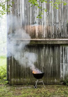 5 Mistakes People Make When Lighting a Charcoal Grill  / June 18, 2013 / Written by Danielle Walsh - Bon Appétit