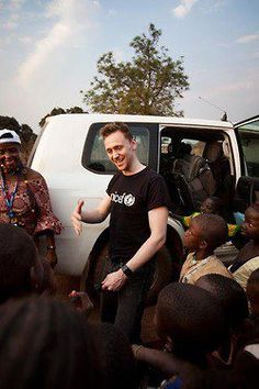 Tom Hiddleston UNICEF.