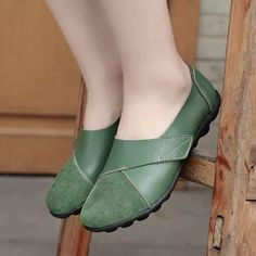 Splicing Leather Hook Loop Soft Sole Casual Flat Loafers is cheap and comfortable. There are other cheap women flats and loafers online. Loafers Online, Plus Size Vintage, Vestidos Vintage, Mocassins, St Kitts And Nevis, Loafer Shoes, Uganda, Womens Flats, Comfortable Shoes