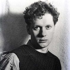 """The Story Behind Dylan Thomas's """"Do Not Go Gentle Into That Good Night"""" and the Poet's Own Stirring Reading of His Masterpiece """"Rage, rage against the dying of the light. Writers And Poets, Dylan Thomas Poems, British Literature, Ap Literature, Dying Of The Light, Arte Sketchbook, Collection Of Poems, Praise Songs, American Poets"""