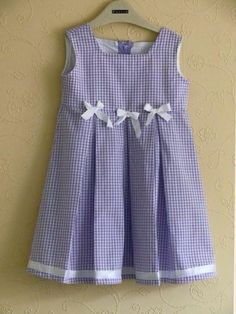 loose the center bow. Baby Girl Dress Patterns, Baby Clothes Patterns, Baby Girl Dresses, Baby Dress, Cute Dresses, Toddler Dress, Toddler Outfits, Kids Outfits, Little Girl Outfits