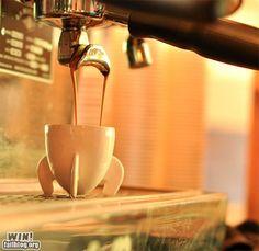 Rocket-Shaped Espresso Vessel WIN
