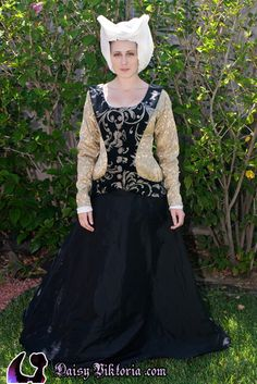 » Black Sideless Surcote Faerie Queen Costuming