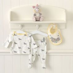 Thumper Layette Four Piece Gift Set