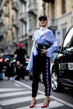 Blogger street style / Fashion Week street style #fashion #womensfashion #streetstyle #ootd #style #minimalfashion / Pinterest: @fromluxewithloveBlogger street style / Fashion Week street style #fashion #womensfashion #streetstyle #ootd #style #minimalfashion / Pinterest: @fromluxewithlove