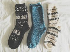 thoseoctobernights: Will someone tell me where to buy socks like this?!?!