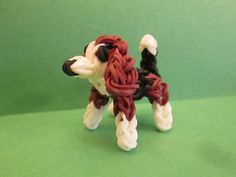 Rainbow Loom Beagle Dog or Puppy Charm tutorial by Lovely Lovebird Designs. Rainbow Braids, Rainbow Loom Bands, Rainbow Loom Charms, Rainbow Loom Bracelets, Loom Band Charms, Rubber Band Charms, Rubber Band Bracelet, Rubber Bands, Rainbow Loom Animals
