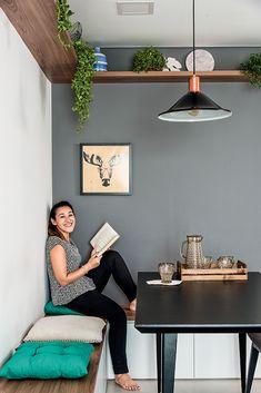084412780e9c0 Decoração de apartamento pequeno com móveis sob medida e painéis