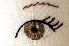 fabric doll eyes knitting-and-sewing-patterns-ideas-inspirationHow to make doll eyes - wish I'd seen this when I was knitting dolls - love how the eye looks so real.How to embroider, draw or paint doll eyes on fabric. I love this eye! For Ingrid - Doll ma Cross Stitch Embroidery, Embroidery Patterns, Hand Embroidery, Sewing Patterns, Crochet Patterns, Rag Doll Patterns, Simple Embroidery, Handmade Dolls Patterns, Embroidery Digitizing