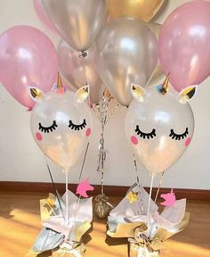Ideas for organizing a unicorn party - Celebrat : Home of Celebration, Events to Celebrate, Wishes, Gifts ideas and more ! 1st Birthday Parties, Birthday Party Decorations, 2nd Birthday, Fete Emma, Unicorn Themed Birthday, Unicorn Baby Shower, Balloon Decorations, First Birthdays, Party Time