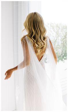 Bridal Cape, Bridal Gowns, Boho Wedding Dress, Wedding Party Dresses, Wedding Goals, Dream Wedding, Bride Hairstyles, Marie, Wedding Inspiration